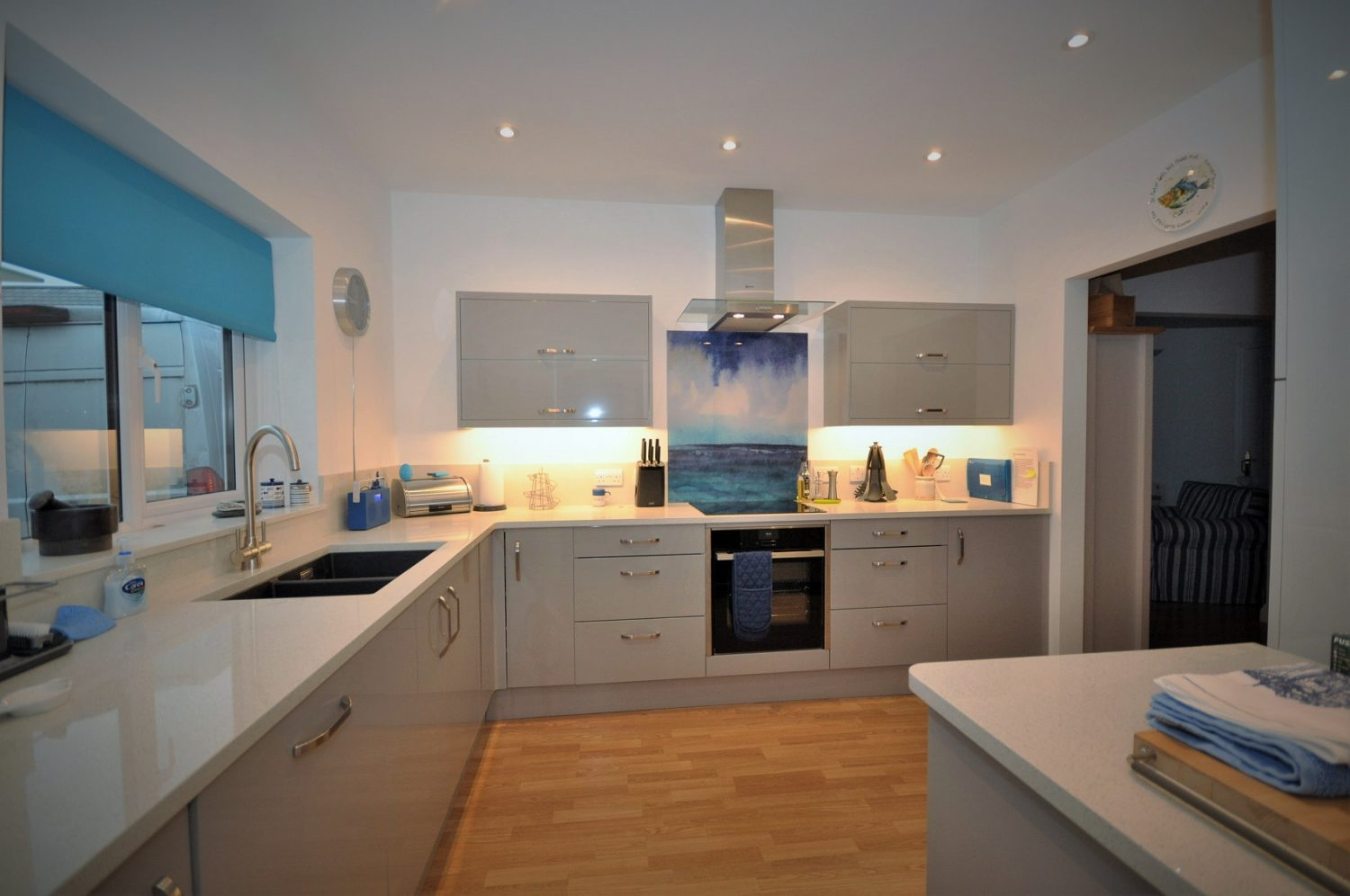 Unistone Bianco Galactica - Kitchen by Cornwall Kitchen Studio