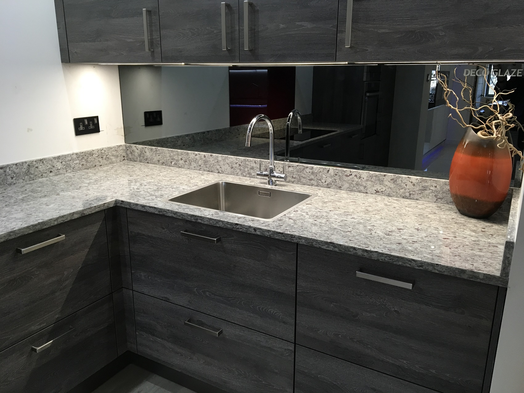 Ambrosia White Granite - Kitchen by Intoto Exeter