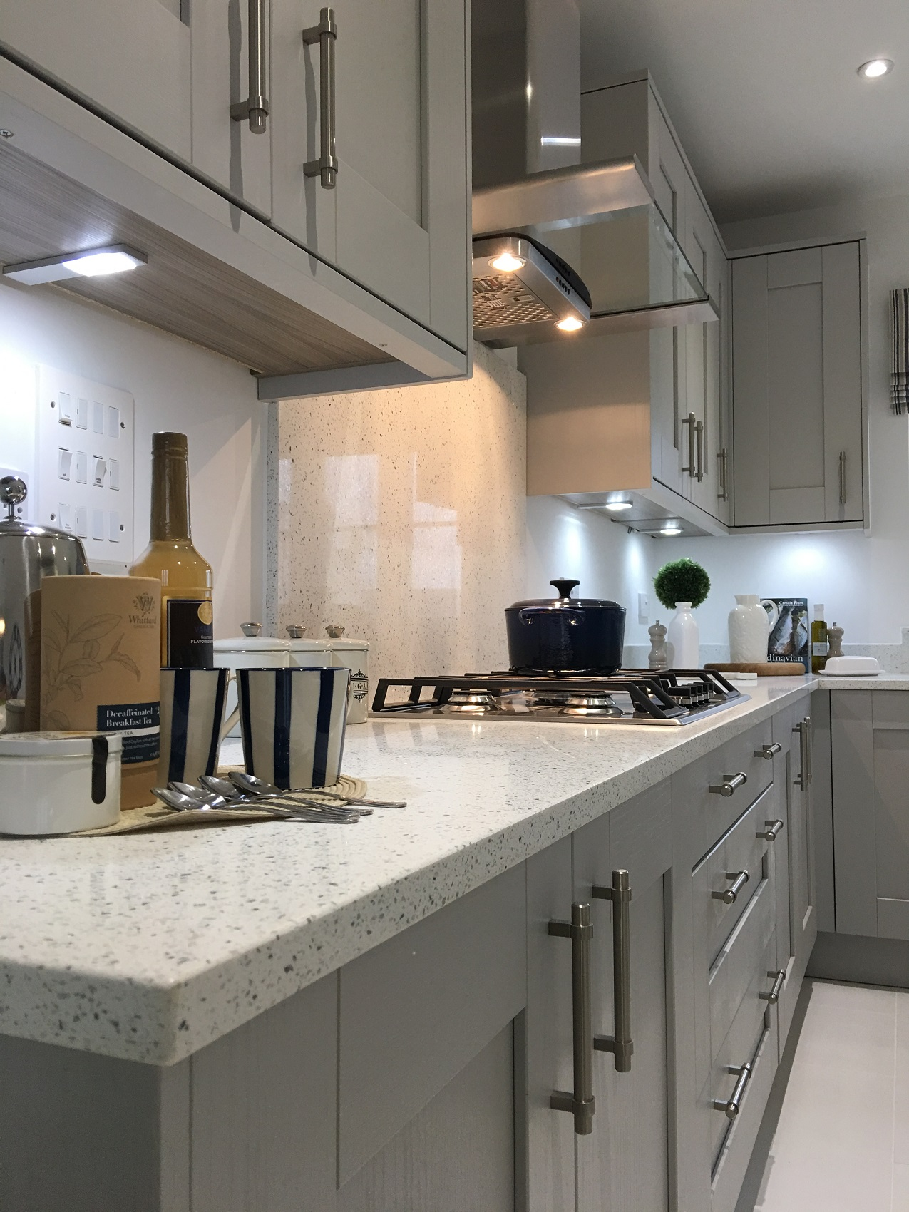 Ammonite Diamond White - Kitchen by J T Ellis & Co